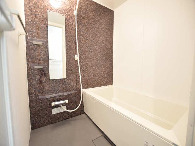 南山レジデンスB棟 1階 浴室