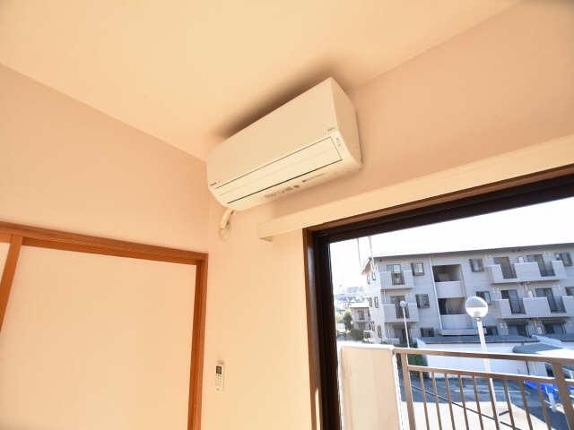 南山レジデンスA棟 2階 エアコン