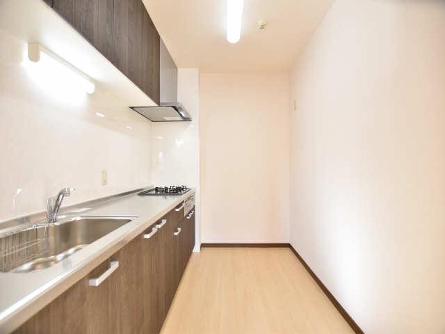 南山レジデンスA棟 2階 キッチンスペース