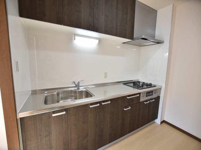 南山レジデンスA棟 2階 キッチン