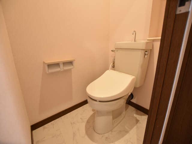 南山レジデンスA棟 2階 WC