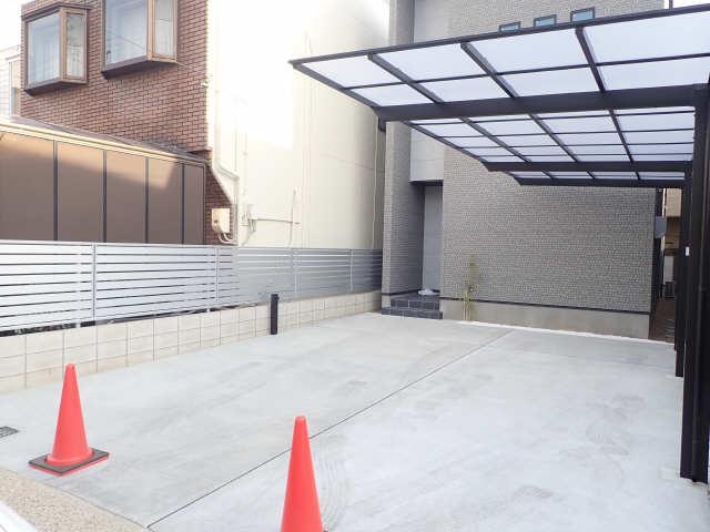 昭和区折戸町賃貸 駐車場