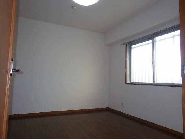 ピアハヤト 6階 洋室
