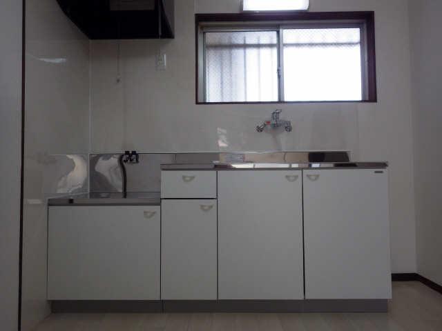グリーンマンション 1階 キッチン