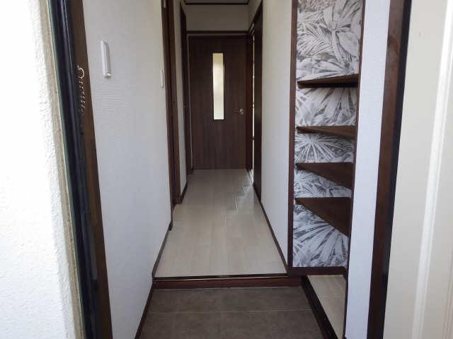 グリーンマンション 1階 玄関