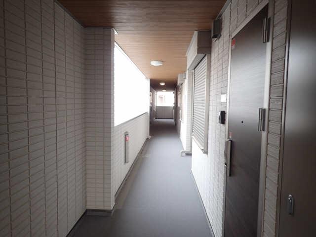 ガーデンテラス 3階共用部