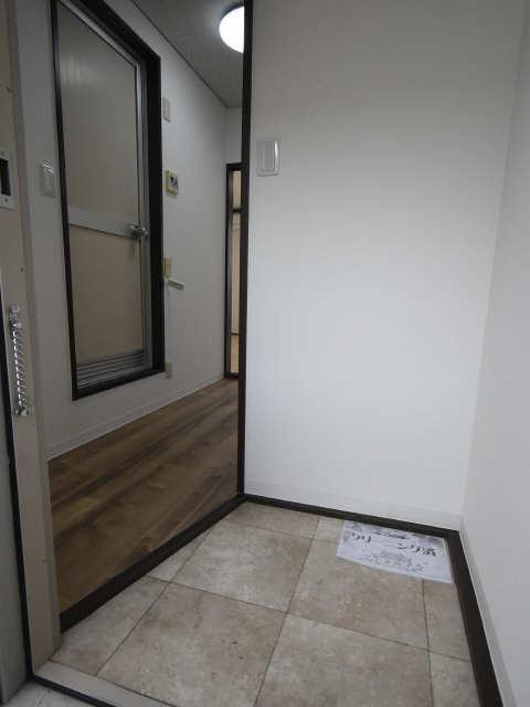 タウニー児玉 2階 玄関