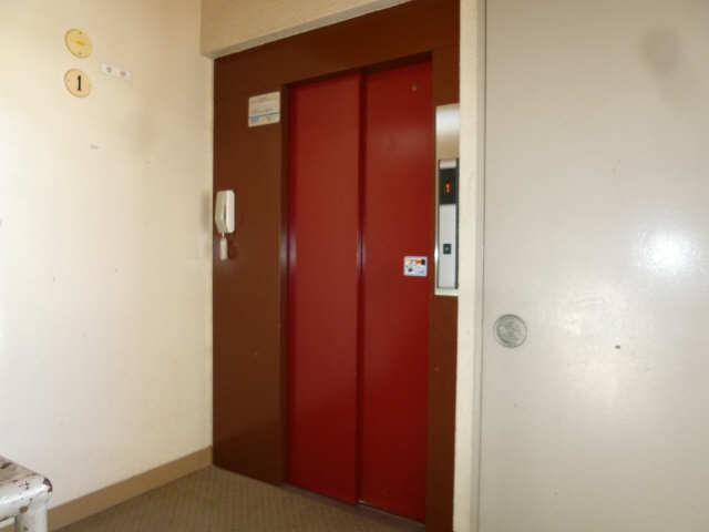 メゾン星ヶ丘 5階 エレベーター
