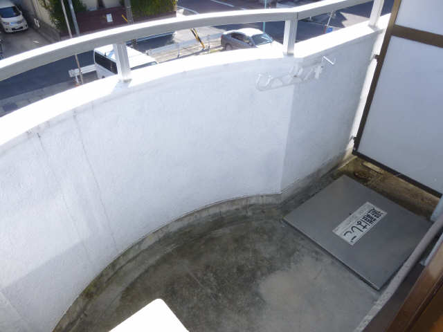 ラフィーネ新宿 3階 ベランダ