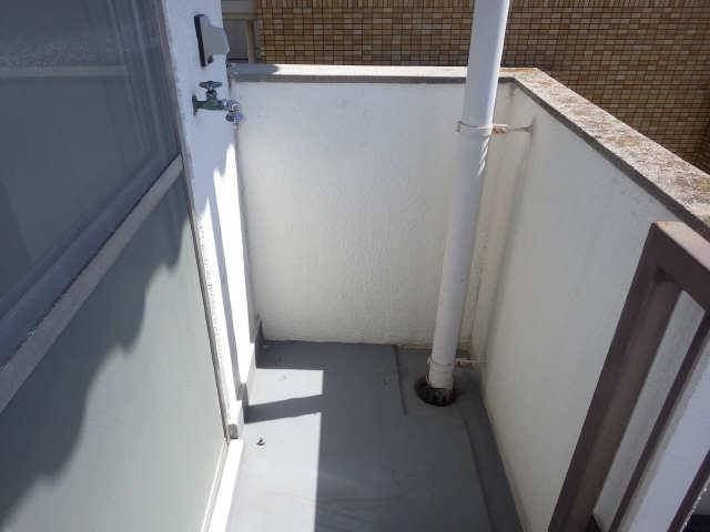 第二水山マンション 4階 洗濯機置場