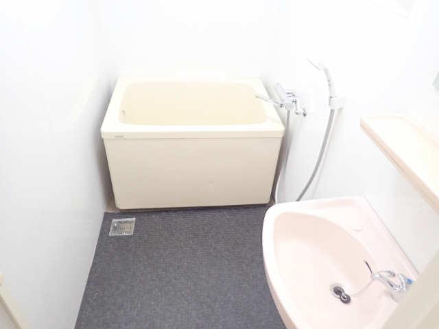 新宿ビル 3階 浴室