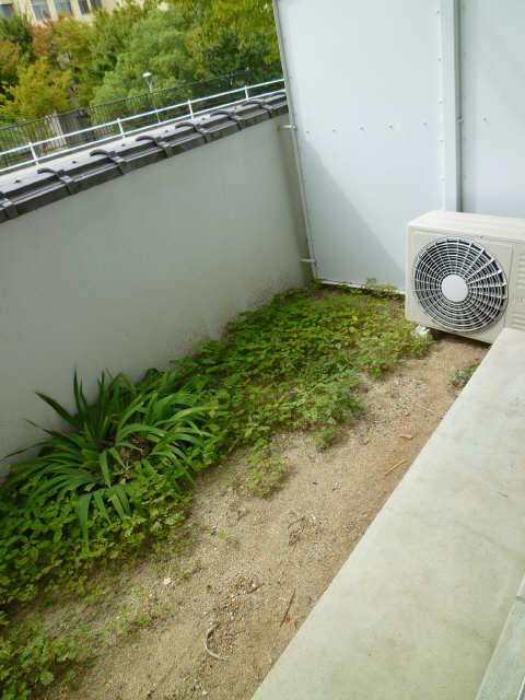 レストポイント園山 1階 専用庭