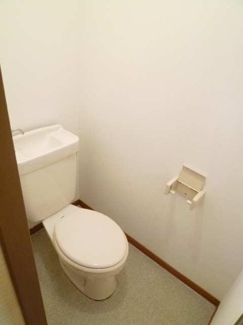 レストポイント園山 1階 WC