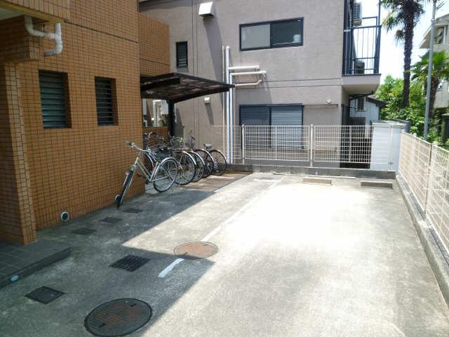 第18オオタビル 3階 駐輪場