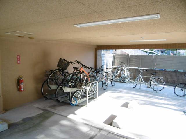 シティライフ星ヶ丘 3階 駐輪場
