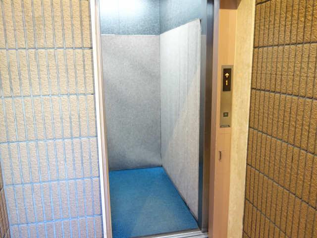 サンマンションアトレ星ヶ丘303 エレベーター