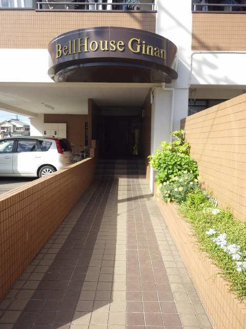 ベルハウス岐南 4階 エントランス