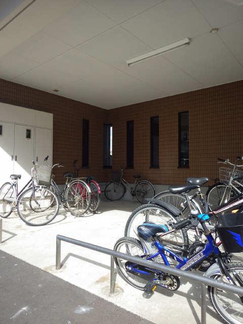 ベルハウス岐南 4階 駐輪場