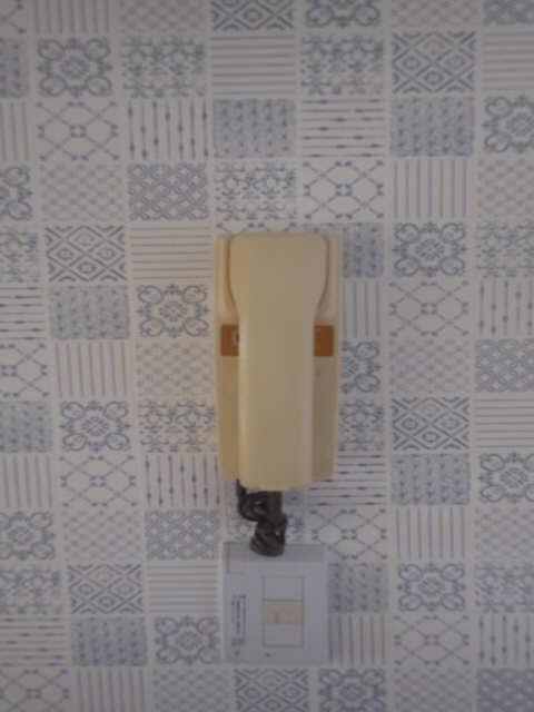 三宅ハイツ 1階 インターホン