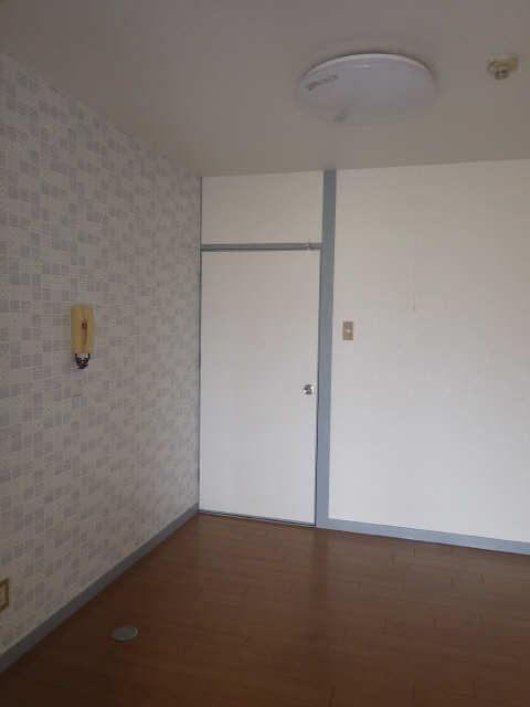 三宅ハイツ 1階 リビング