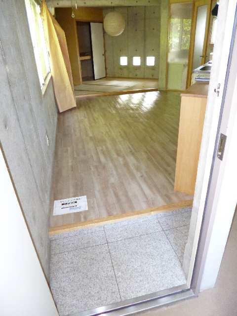 翔のいっしきⅠ 2階 室内