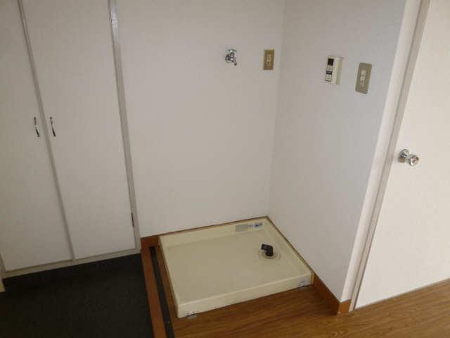 サン宮脇 4階 洗濯機置場