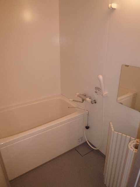 サンプラザ金山 9階 浴室