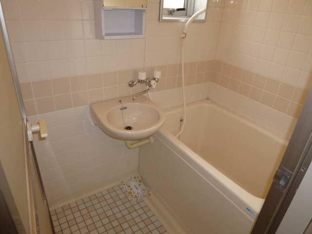 ハーモニアス白鳥 2階 浴室
