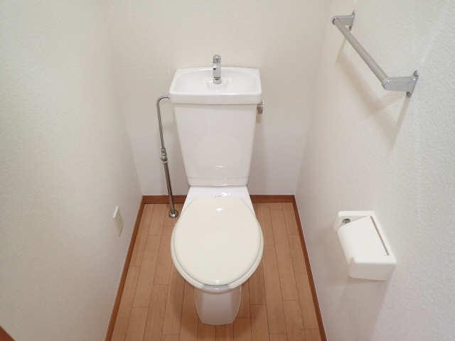 レジデンスふくざわⅡ 2階 WC