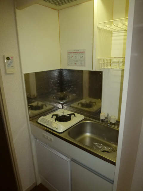 ハイツ金山 1階 キッチン
