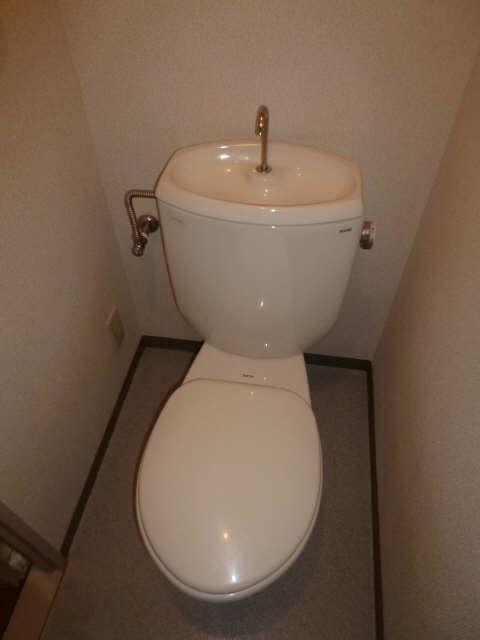 ハイツ金山 1階 WC