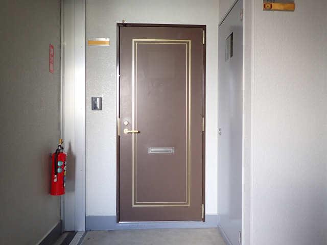ハイツ金山 7階 エントランス