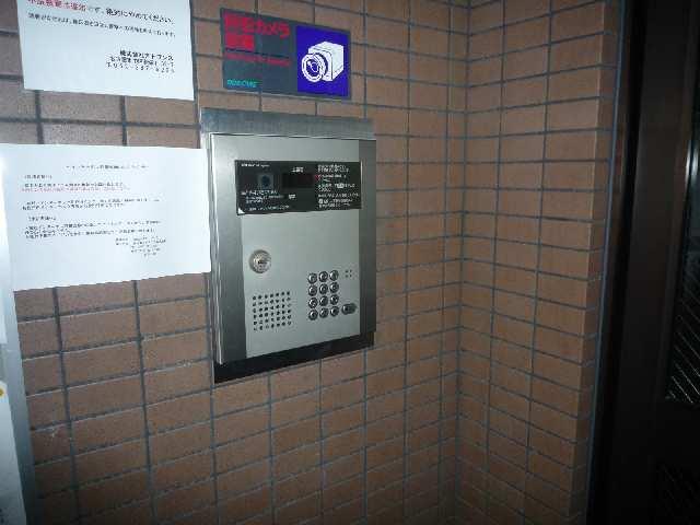 エクセルシオール金山 1階 オートロック