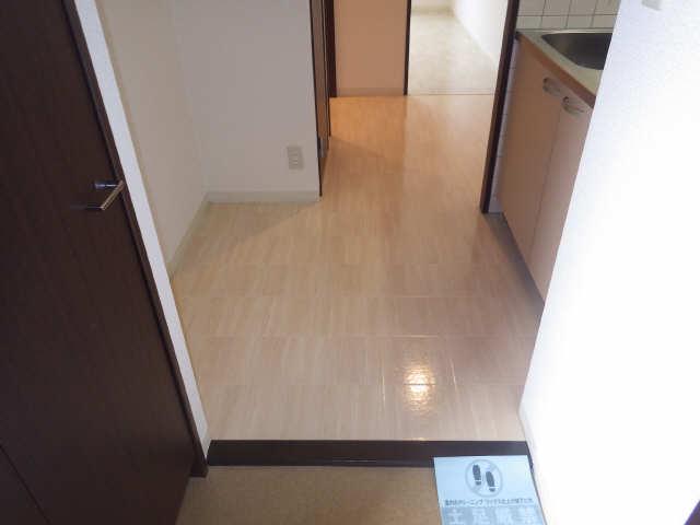 ビ・アバンス 6階 玄関