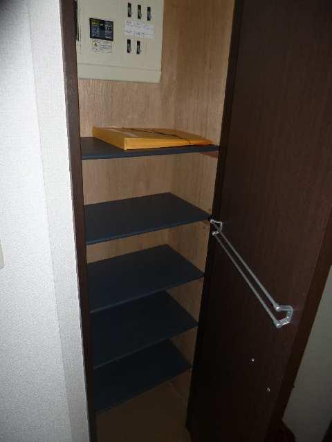 ビ・アバンス 6階 シューズボックス