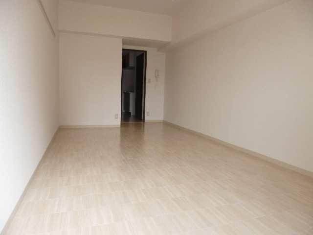 ビ・アバンス 6階 室内