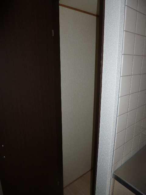 ビ・アバンス 6階 玄関収納