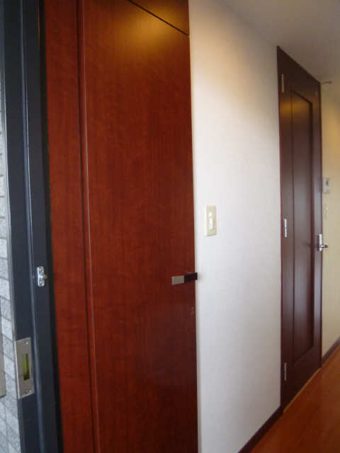 ESSE東別院 8階 シューズBOX