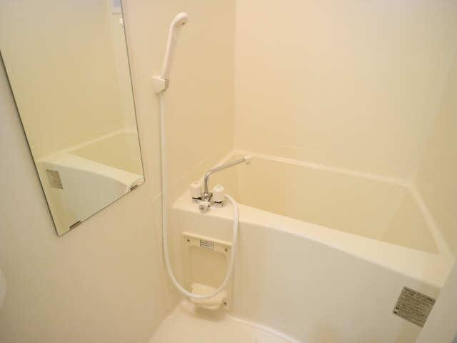 マストスタイル東別院 9階 浴室