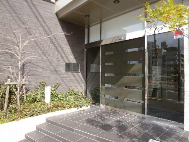 ロイヤルクレスト金山フロント 1101 11階 エントランス入口
