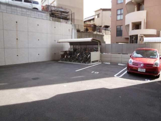 ロイヤルクレスト金山フロント 1101 11階 駐輪場