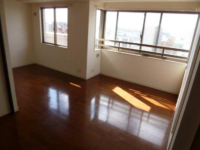 ロイヤルクレスト金山フロント 1101 11階 室内