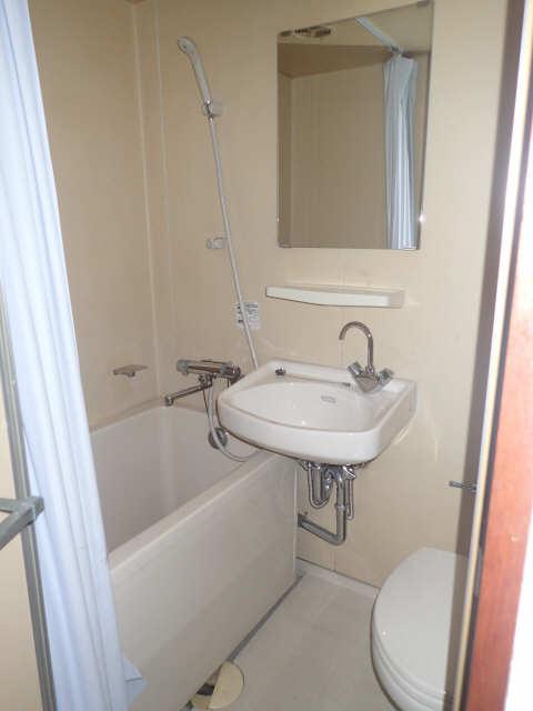 メゾン金山 205号 2階 浴室