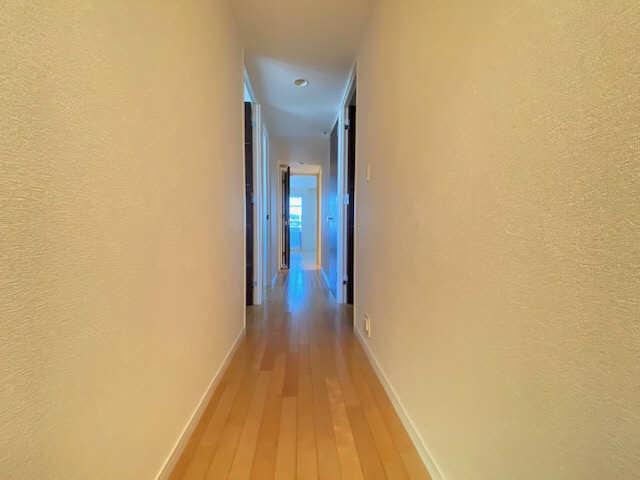 ロイヤルクレスト金山 803号 8階 廊下