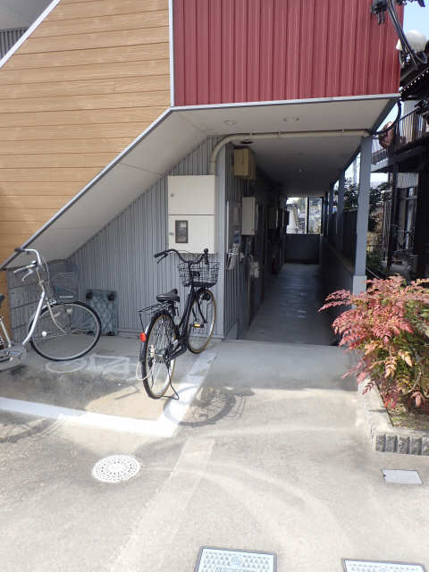 セレス 1階 駐輪場
