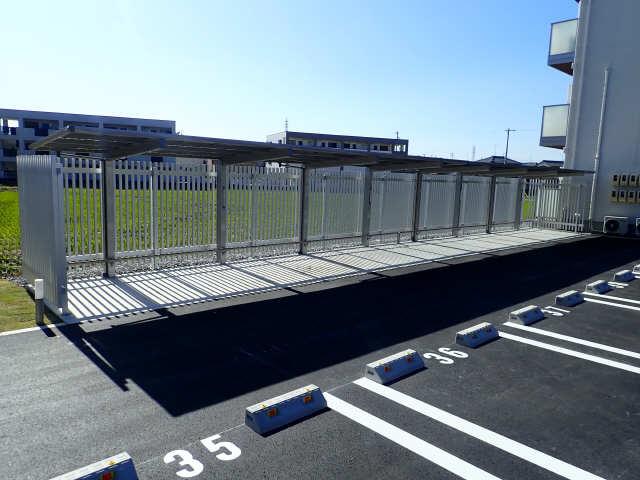 Greenage 1階 駐輪場