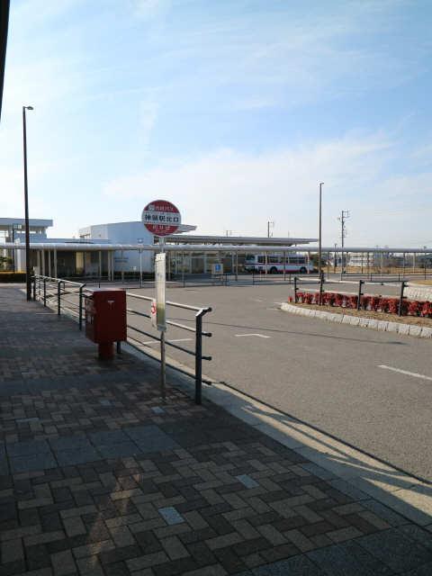 シャトルゴタンダ 1階 JR神領駅バス乗り場