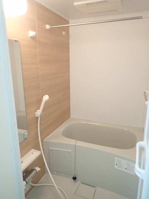 ヴィレッジ 2階 浴室