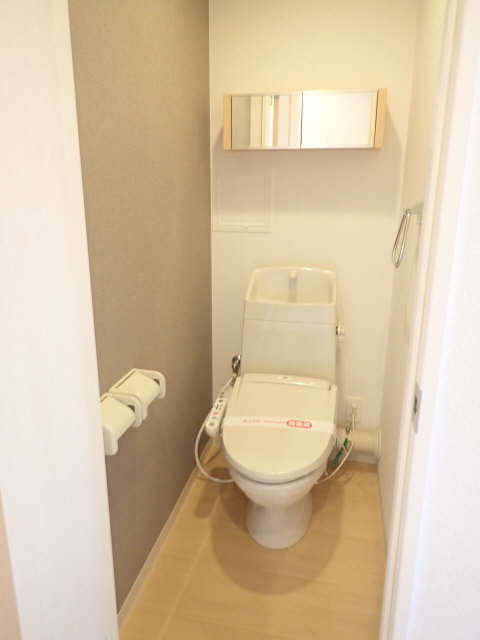 ヴィレッジ 2階 WC