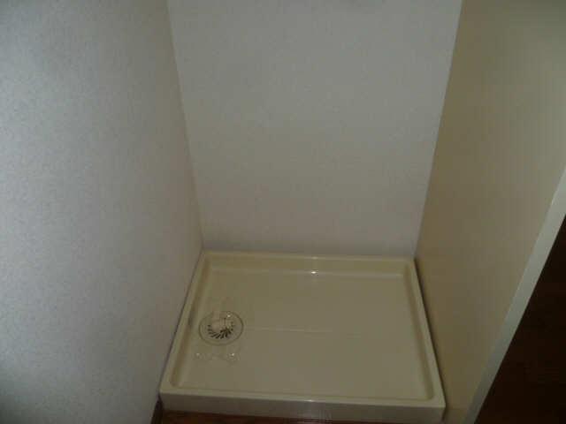 フジマンション CITY KOZAWA 2階 室内洗濯機置場